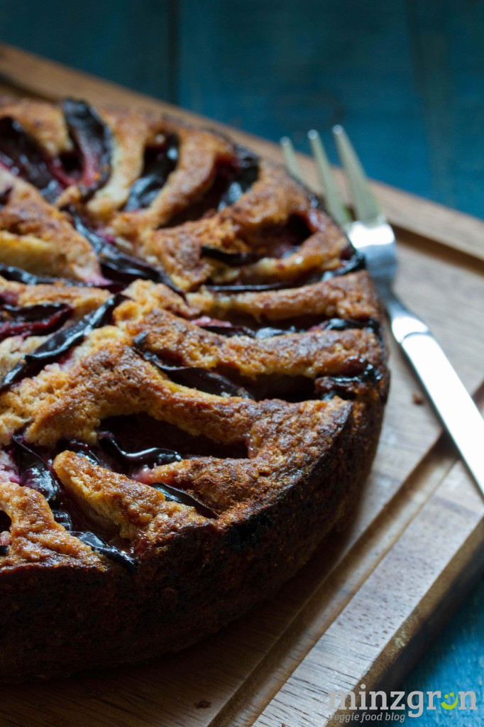 veganer pflaumenkuchen