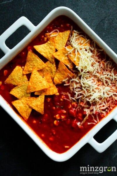 Chili sin Carne Auflauf mit Nachos